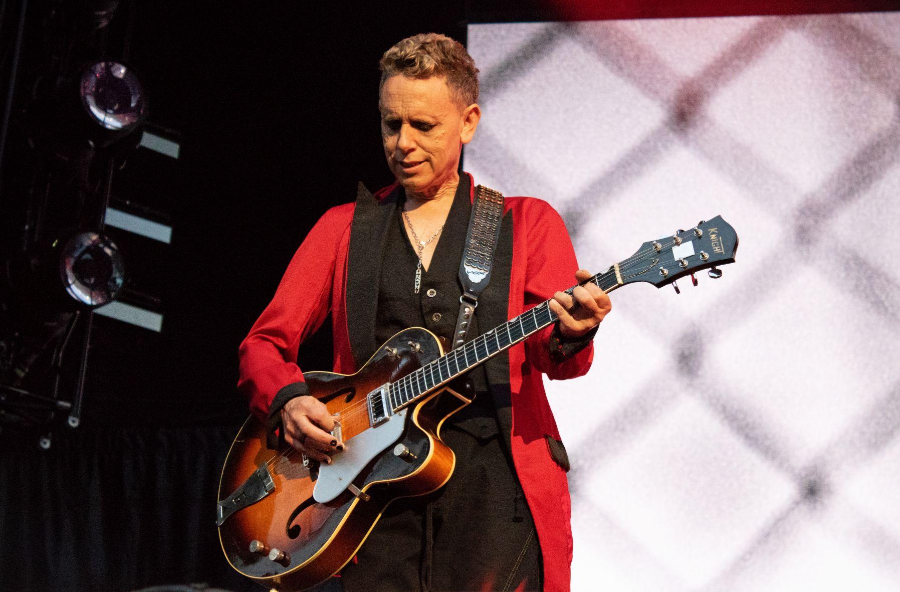 Martin Gore von Depeche Mode bei einem Konzert im Olympiastadion München