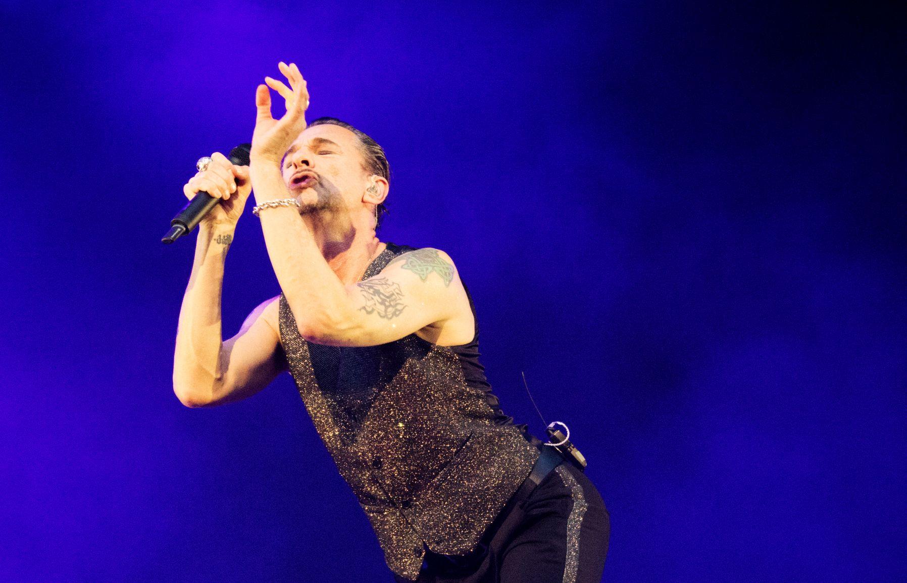 Dave Gahan von Depeche Mode bei einem Konzert im Olympiastadion München