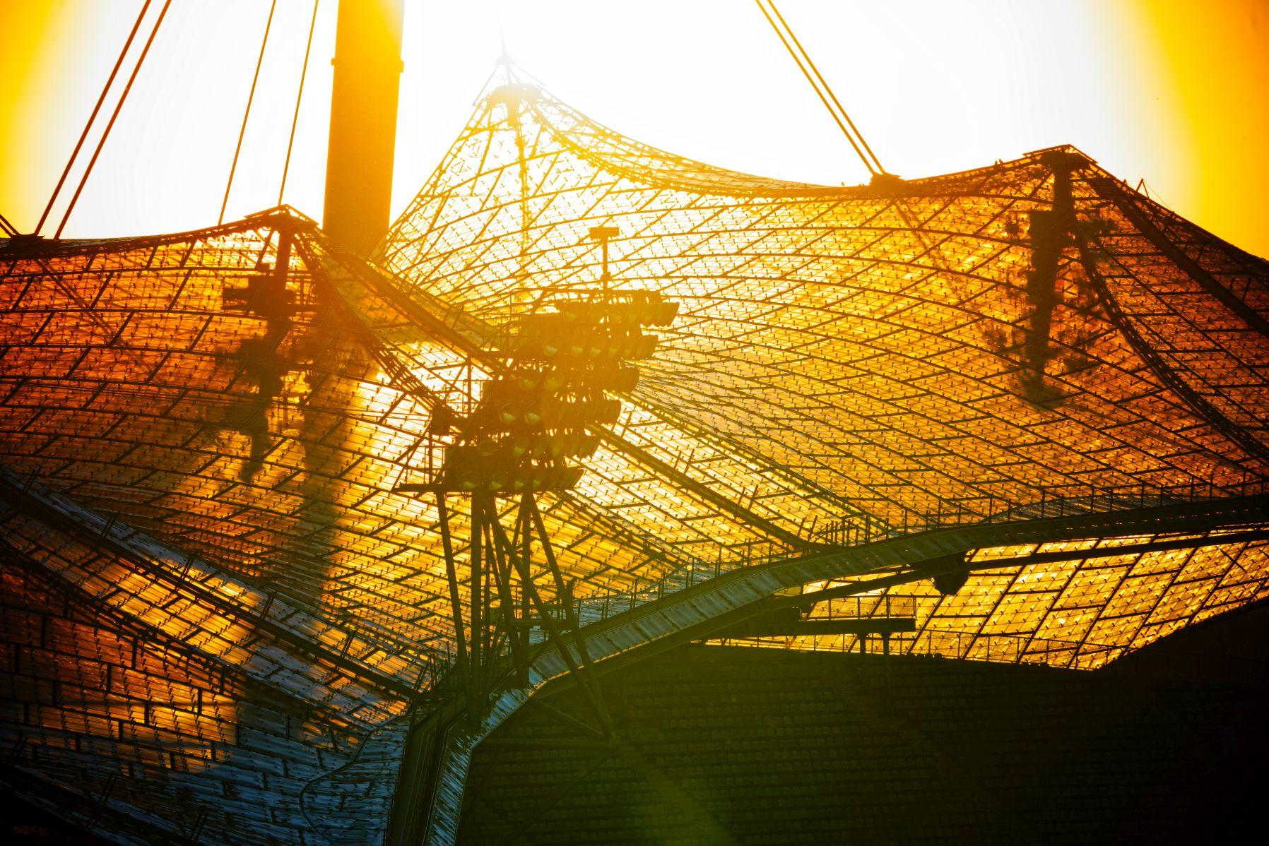 Olympiastadion München bei Sonnenuntergang